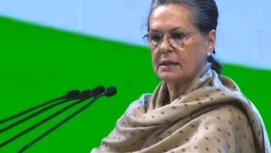 Photo of Sonia asks Cong CMs to pay Rs 6,000 NFSA maternity benefit