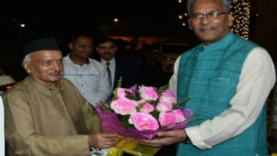 Photo of Trivendra Singh meets Maha Guv, extends Diwali greetings