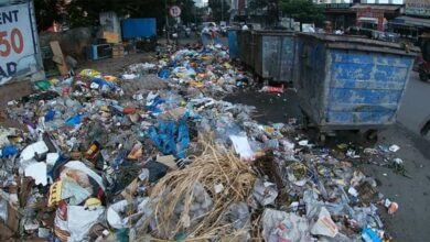 Photo of Heaps of garbage lying on Hyderabad Roads