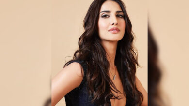 Photo of Ranbir Kapoor doesn't have baggage of stardom: Vaani Kapoor