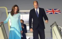 Storm forces William and Kate's plane to abandon two landings