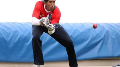Photo of Cricket fraternity wishes Wriddhiman Saha on 35th birthday