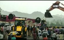 Gujarat bus accident: Death toll reaches 21