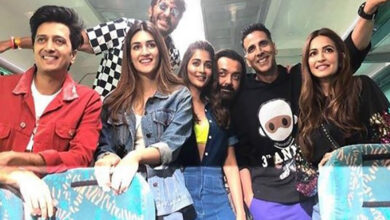 Photo of Here's what Akshay says on train journey with 'Housefull 4' cast