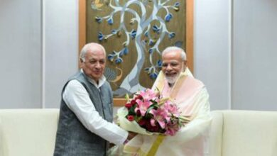 Photo of Kerala Guv Arif Mohammad Khan meets PM Modi