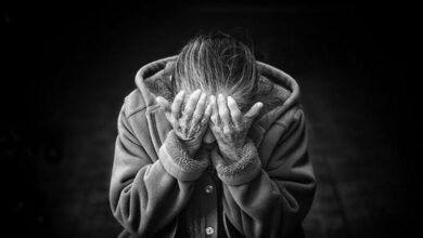 Photo of Social isolation can increase risk of osteoarthritis: Study