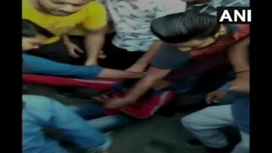 Photo of Uttarakhand: Molester beaten up by brave girl in Haridwar
