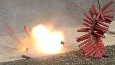 Photo of Hyderabad: Four persons sustain injuries after bursting crackers