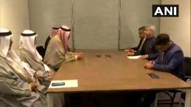 Photo of Jaishankar meets Kuwaiti counterpart on NAM Summit sidelines