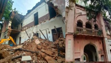 Photo of Hyderabad: Portion of 100-Yr Old 'Nampally Sarai' Collapses
