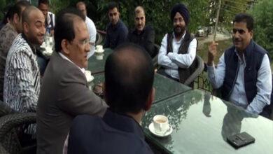Photo of Tour operators visit Kashmir after govt lifts travel advisory