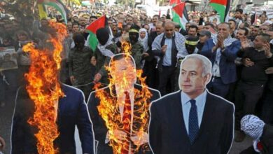 Photo of Thousands of Palestinians protest US move on Israeli settlements