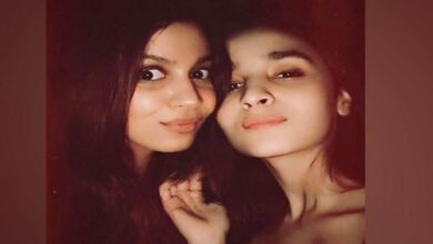 Photo of Alia Bhatt's sister Shaheen ready with paperback version of book