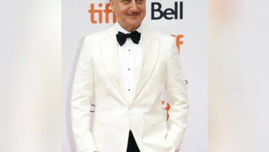 Photo of Anupam Kher takes 'morning walk friends' for lavish brunch