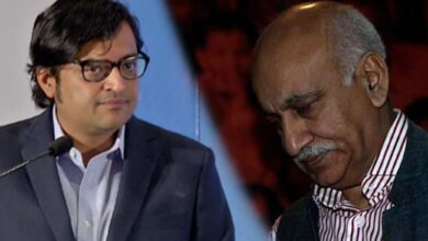 Photo of Govt drops Arnab, Akbar from NMML Society