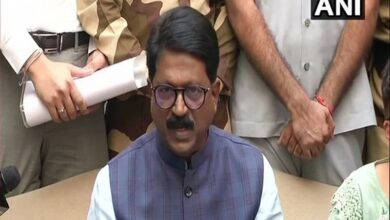 Photo of Shiv Sena MP Arvind Sawant resigns from Union Cabinet