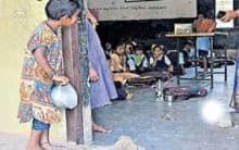 Hyderabad: A girl waiting for leftover food gets admission