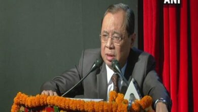 Photo of Gogoi issues notices in all cases on his last working day in SC