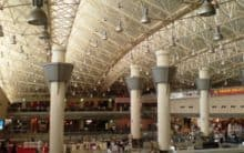 Kuwait airport: Workers strike for better working conditions