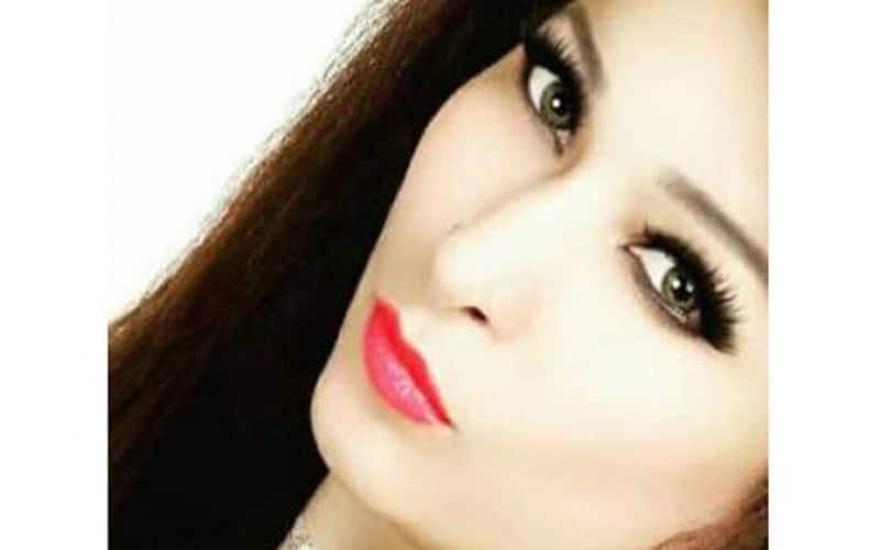 Pakistani actress shares private photos to support Rabi Pirzada