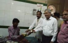 To commemorate Milad un Nabi, Tameer-e-Millat distributes fruits