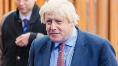 Photo of Boris Johnson under fire for snatching reporter's phone