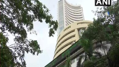 Photo of Sensex falls by over 400 points, metal and auto stocks lose shin