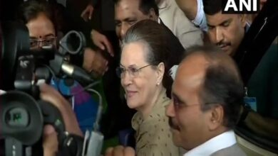 Photo of Sonia Gandhi arrives in Parliament for the winter session