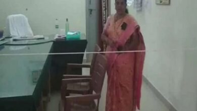 """Panicked"" Andhra officer tied rope as barricade in her office"
