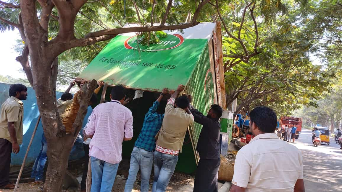 GHMC officials remove encroachments at KPHB colony in Hyderabad