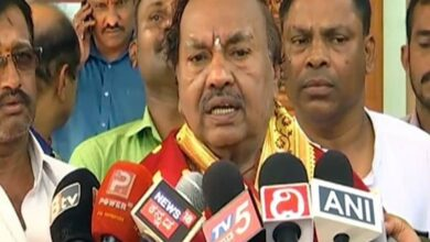 Photo of We don't want Roshan Baig in BJP, says KS Eshwarappa