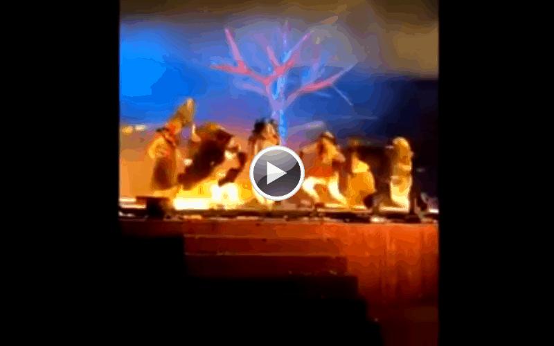 Saudi Arabia: Three performers stabbed on stage