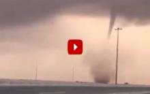 Saudi Arabia: Scary tornadoes hit Jeddah