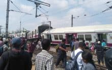 Hyderabad: MMTS collides with another train