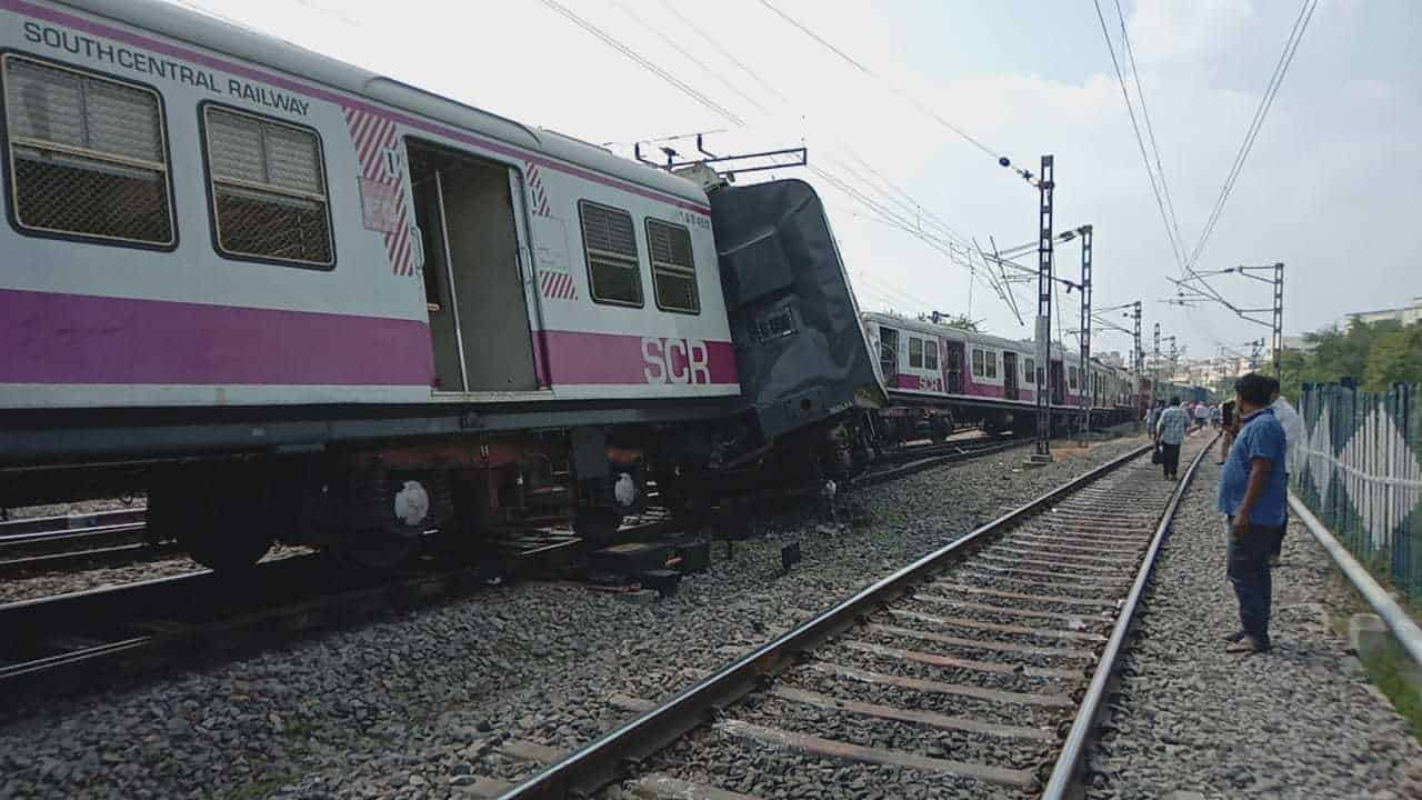 Rail track at Kacheguda repaired, normal traffic restored