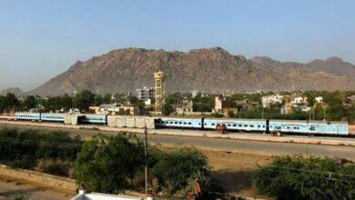 Photo of Passenger trains between Banihal and Baramulla to begin