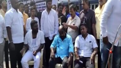 Photo of Anti-CAA protests: Students shave their heads in Puducherry