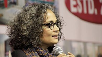Photo of 'This is the beginning of the end of this govt.': Arundhati Roy