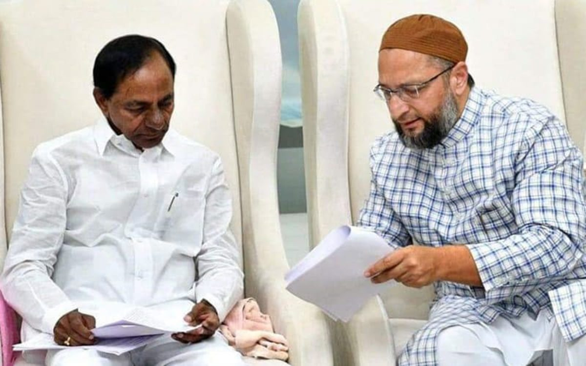 Asaduddin Owaisi requests KCR not to implement NPR in Telangana