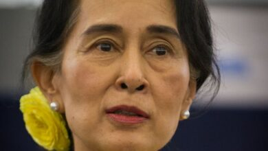 Photo of Aung San Suu Kyi defends army for atrocities on Rohingyas