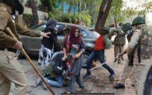 Police resorted to lathi-charge on agitating Jamia Students