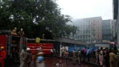 Delhi: Fire at Anaj Mandi