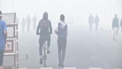 Photo of Delhi air 'very poor' as AQI crosses 370 mark