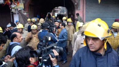 Photo of President, PM, others condole deaths in Delhi blaze