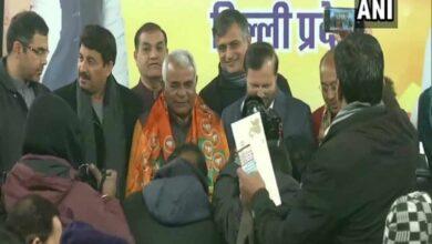 Photo of Ahead of Delhi polls, AAP Lok Sabha candidate joins BJP