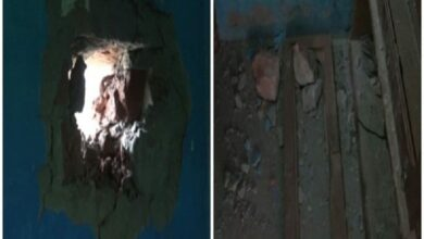 Photo of J-K: Houses damaged in heavy mortar shelling from Pak