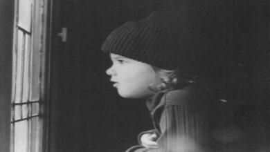Photo of Jennifer Aniston shares adorable throwback 'beanie baby' photo