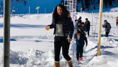 Photo of Kangana Ranaut enjoys winter in hometown Manali