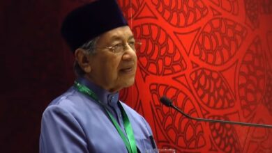 Photo of Muslim nations can compete others, lack will power: Mahathir