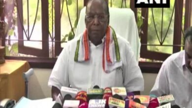 Photo of Puducherry CM urges President to recall LG Kiran Bedi